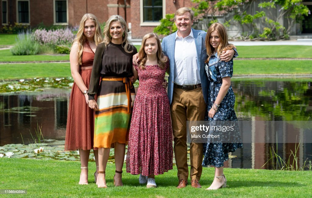 Dutch Royal Family Summer Photo Call In The Hague : News Photo