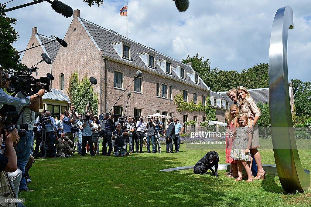 The Dutch Royal Family Hold Annual Summer Photocall : News Photo