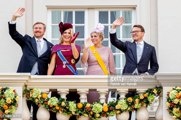King WillemAlexander of The Netherlands Queen Maxima of The Netherlands Prince Constantijn of The Netherlands and Princess Laurentien of The...