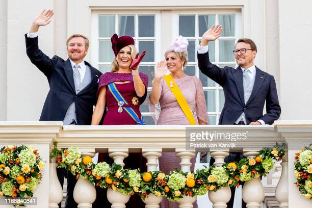 King WillemAlexander of The Netherlands Queen Maxima of The Netherlands Prince Constantijn of The Netherlands and Princess Laurentien of The...