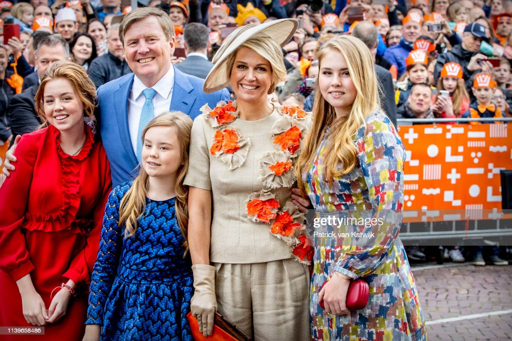 The Dutch Royal Family Attend King's Day In Amersfoort : Foto di attualità