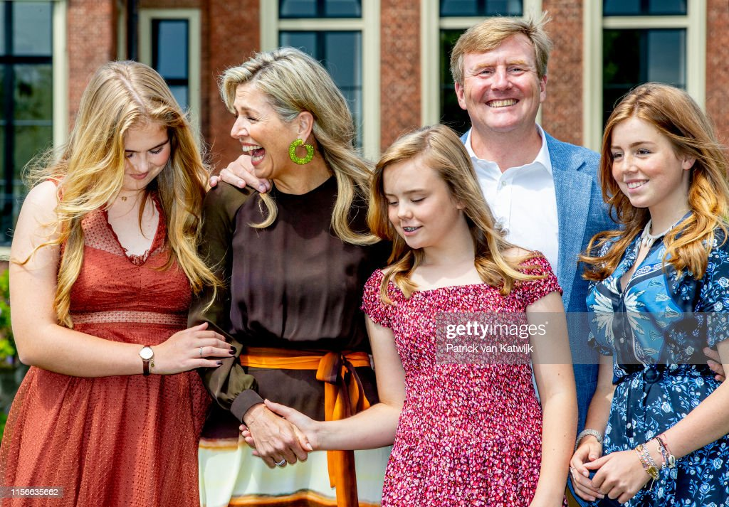 Dutch Royal Family Summer Photo Call In The Hague : Nieuwsfoto's
