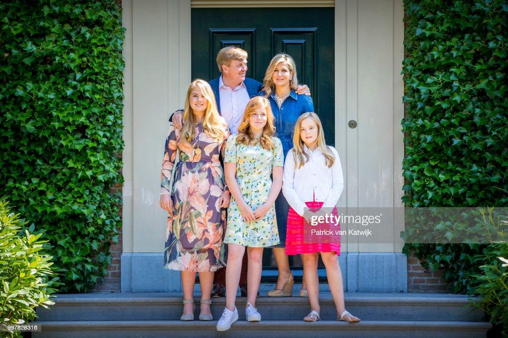 Dutch Royal Family Summer Photo Call In Wassenaar : Nieuwsfoto's