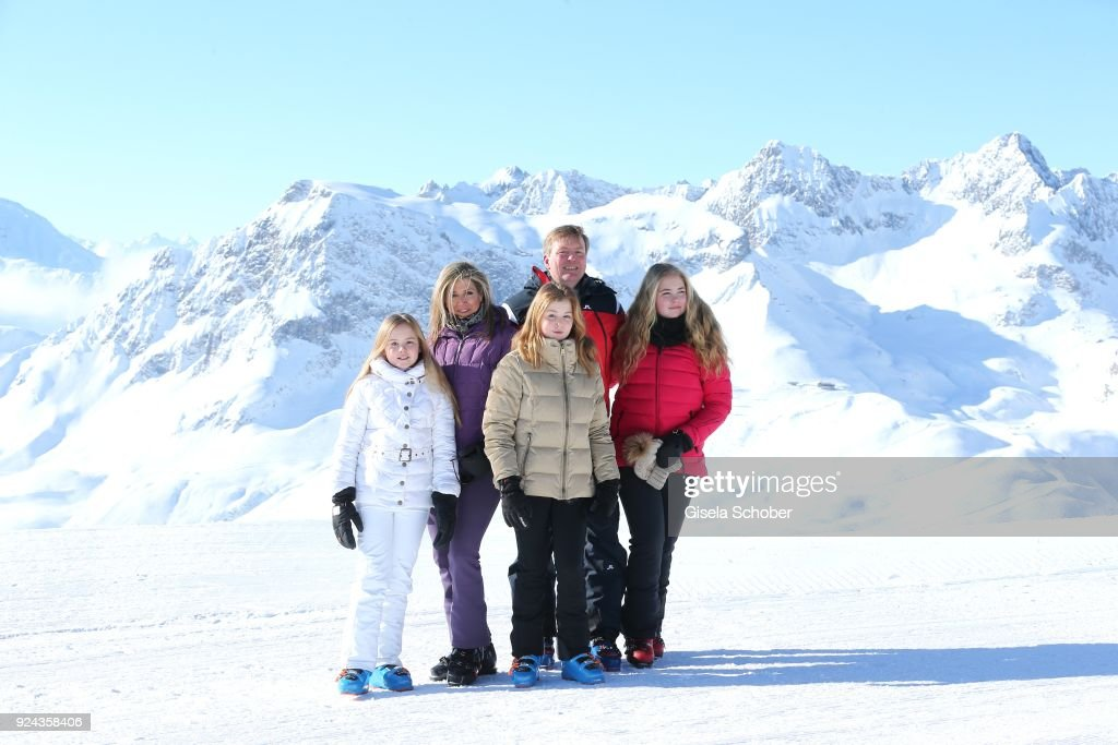 King Willem-Alexander of The Netherlands with his wife Queen Maxima of the Netherlands and their daughters Crown Princess Catharina-Amalia of The Netherlands (R), Princess Alexia of the Netherlands (C) and Princess Ariane of The Netherlands (L) during the annual winter photo call on February 26, 2018 in Lech, Austria.