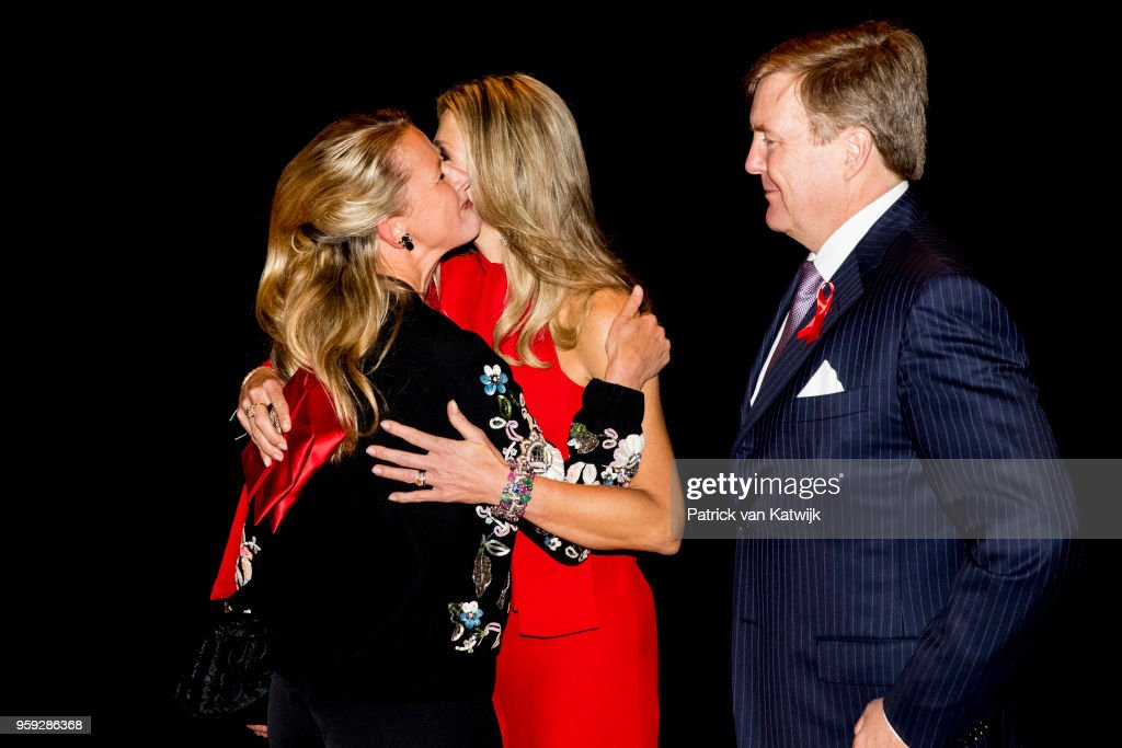 King Willem-Alexander and Queen Maxima at Red Ribbon concert in Afas live Amsterdam : News Photo