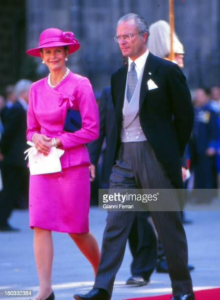 Kings Carl Gustaf XVI and Queen Silvia of Sweden at the wedding of the Infanta Cristina daughter of the Spanish Kings Juan Carlos and Sofia 04th...