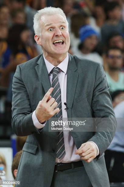 Kings coach Andrew Gaze shouts out instructions to players during the round nine NBL match between Melbourne United and the Sydney Kings at Hisense...