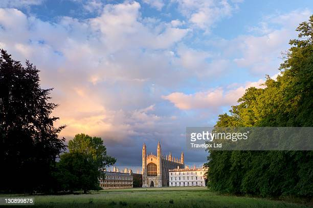 kings college chapel, cambridge, uk - cambridge university stock pictures, royalty-free photos & images