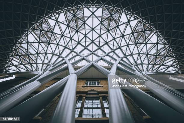 kings cross station - camden london stock pictures, royalty-free photos & images