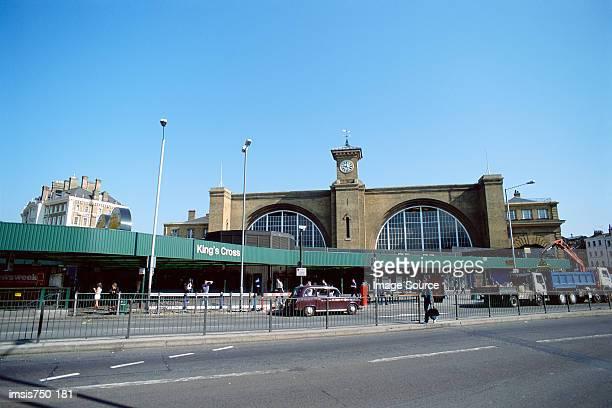 kings cross station - キングスクロス駅 ストックフォトと画像
