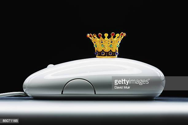 king's crown on a computer mouse