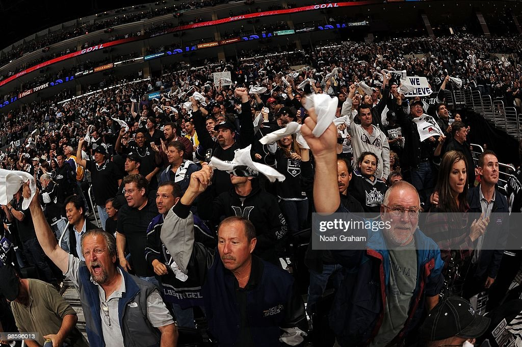 Kings fans celebrate after a goal by the Los Angeles Kings against the Vancouver Canucks in Game Three of the Western Conference Quarterfinals during the 2010 NHL Stanley Cup Playoffs at Staples Center on April 19, 2010 in Los Angeles, California.