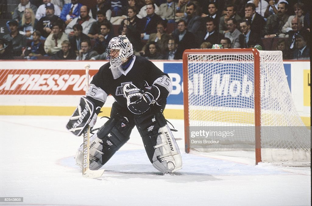 Kings Goaltender Stephane Fiset In Game Action At The Molson Centre Photo D Actualite Getty Images