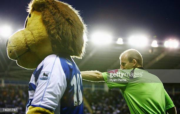 Kingsley the Reading mascot is sent banished from the side of the pitch by match referee Mike Riley during the Barclays Premiership match between...