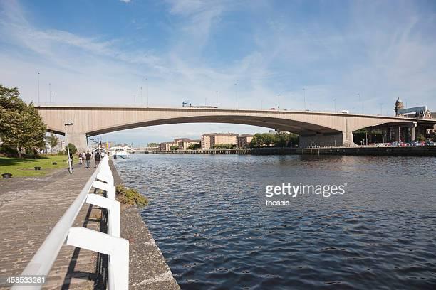 kingston bridge, glasgow - theasis stock pictures, royalty-free photos & images