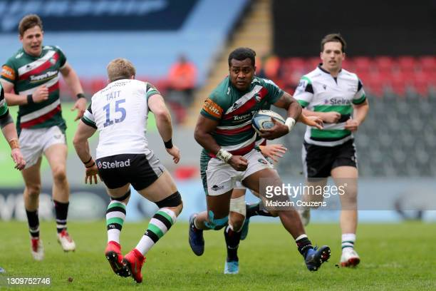 Kini Murimurivalu of Leicester Tigers runs with the ball during the Gallagher Premiership Rugby match between Leicester Tigers and Newcastle Falcons...