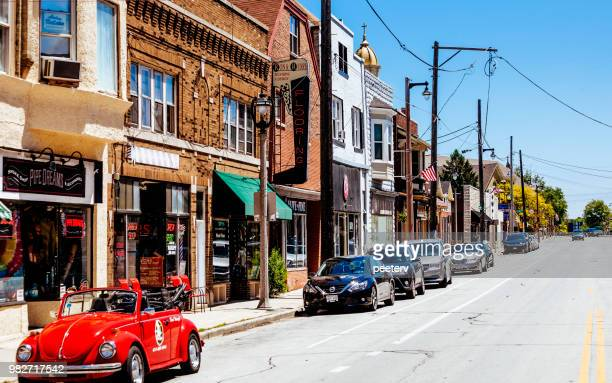 kinnickinnic avenue - bay view district, milwaukee - milwaukee wisconsin stock photos and pictures