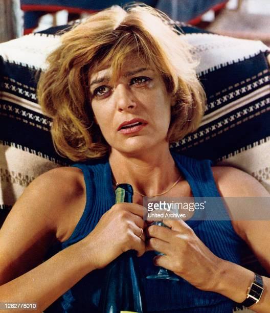 Summer, USA/Spanien aka: Halb elf in einer Sommernacht, Regie: Jules Dassin, Darsteller: Melina Mercouri.