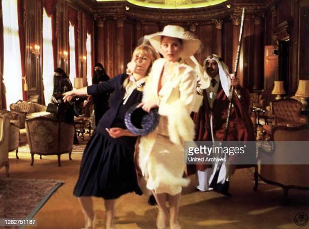 Kino. Arabische Naechte, 1970er, 1970s, Arabische Nächte, Dolly Dollar, Film, Arabische Naechte, 1970er, 1970s, Arabische Nächte, Dolly Dollar, Film,...