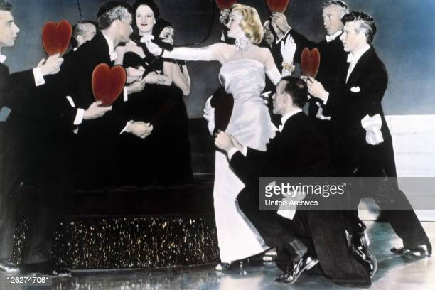 Kino. BLONDINEN BEVORZUGT / Gentlemen prefer Blondes USA, 1953 / Howard Hawks MARILYN MONROE Regie: Howard Hawks aka. Gentlemen prefer Blondes /...
