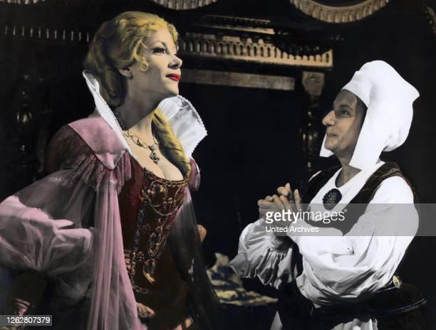 Kino. Comtess des Grauens, USA Regie: Peter Sasdy, INGRID PITT .