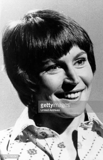 Kino. Die amerikanische Fernsehmoderatorin Helen Reddy, 1970er Jahre. American TV presenter Helen Reddy, 1970s.