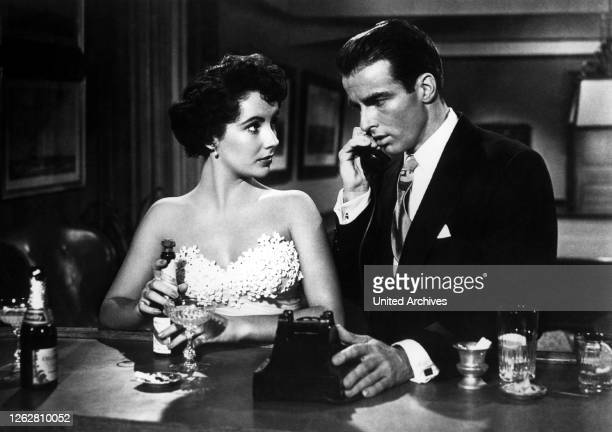 Kino Ein Platz an der Sonne USA 1951 s/w Regie George Stevens ELIZABETH TAYLOR MONTGOMERY CLIFT Stichwort Telefon