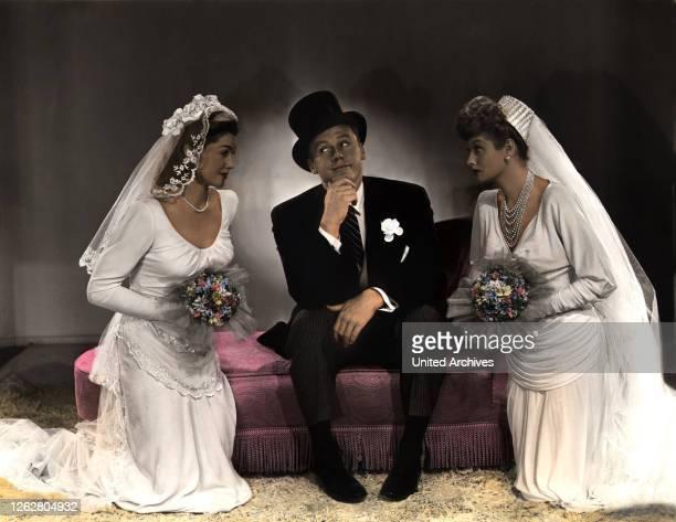 Kino Eine Falle für die Braut USA Regie Edward Buzzell ESTHER WILLIAMS VAN JOHNSON LUCILLE BALL Stichwort Kleid Hochzeit
