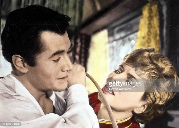 Kino Geliebte Bestie Geliebte Bestie Geliebte Bestie Geliebte Bestie Gerhard Riedmann in Szene Dramen hinter den Kulissen einer Zirkusfamilie 1958