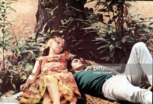 Kino Glueck Aus Dem Blickwinkel Des Mannes Bonheur Le Glueck Aus Dem Blickwinkel Des Mannes Bonheur Le JeanClaude Drouot Claire Drouot 1965