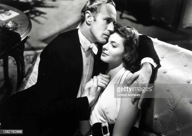 Kino. Intermezzo, 1930er, 1930s, Film, Intermezzo, Paar, couple, Intermezzo, 1930er, 1930s, Film, Intermezzo, Paar, couple, Leslie Howard, Ingrid...