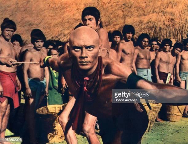 Kino Könige der Sonne USA Regie J Lee Thompson YUL BRYNNER Stichwort Indianer Glatze