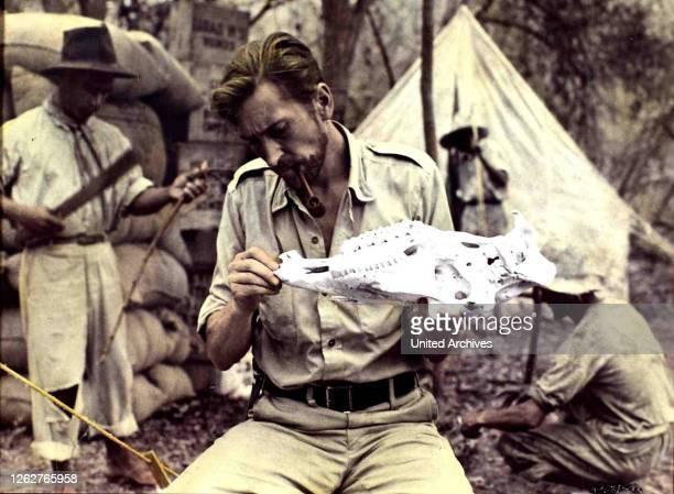 Kino Menschenjagd Im Dschungel Manhunt In The Jungle Menschenjagd Im Dschungel Manhunt In The Jungle James Wilson Auf der Suche nach einer verlorenen...