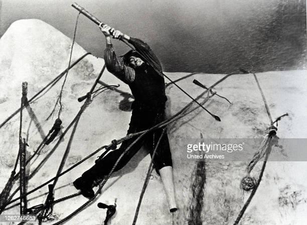Kino. MOBY DICK / Moby Dick USA, 1956 / John Huston Captain Ahab hat im Kampf mit dem weißen Wal Moby Dick ein Bein verloren. Haß und Rache treiben...