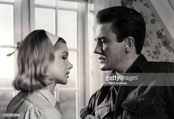 Kino Night Must Fall USA 1937 Director Richard Thorpe Actors/Stars Merle Tottenham Kathleen Harrison Dame May Whitty