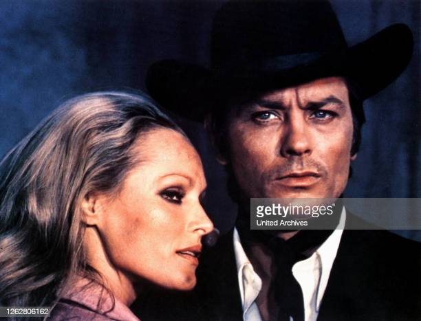 Kino Rivalen unter roter Sonne FIT Regie Terence Young URSULA ANDRESS ALAIN DELON
