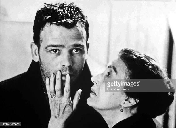 Kino. Rocco und seine Brüder aka. Rocco e i suoi fratelli, Italy, 1960 Regie: Luchino Visconti Darsteller: Alain Delon, Renato Salvatori, Annie...
