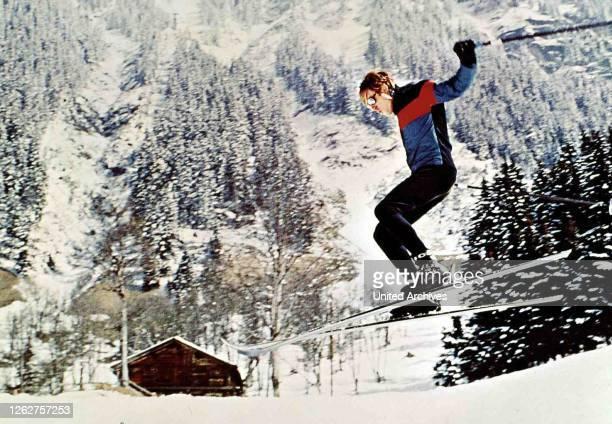 Kino. Schussfahrt, Downhill Racer, Schussfahrt, Downhill Racer, Robert Redford Unermuedlich trainiert Davis für das bevorstehende Ereignis. , 1969.