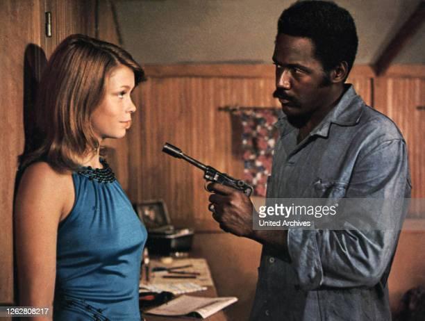 Kino. Shaft in Afrika, USA Regie: John Guillermin, NEDA ARNERIC, RICHARD ROUNDTREE, Stichwort: Revolver.