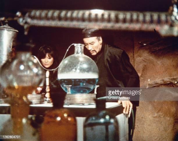Kino. The Castle Of Fu Manchu, aka: Die Folterkammer des Dr. Fu Manchu, Deutschland/Spanien/Italien Regie: Jess Franco, Darsteller: Tsai Chin,...