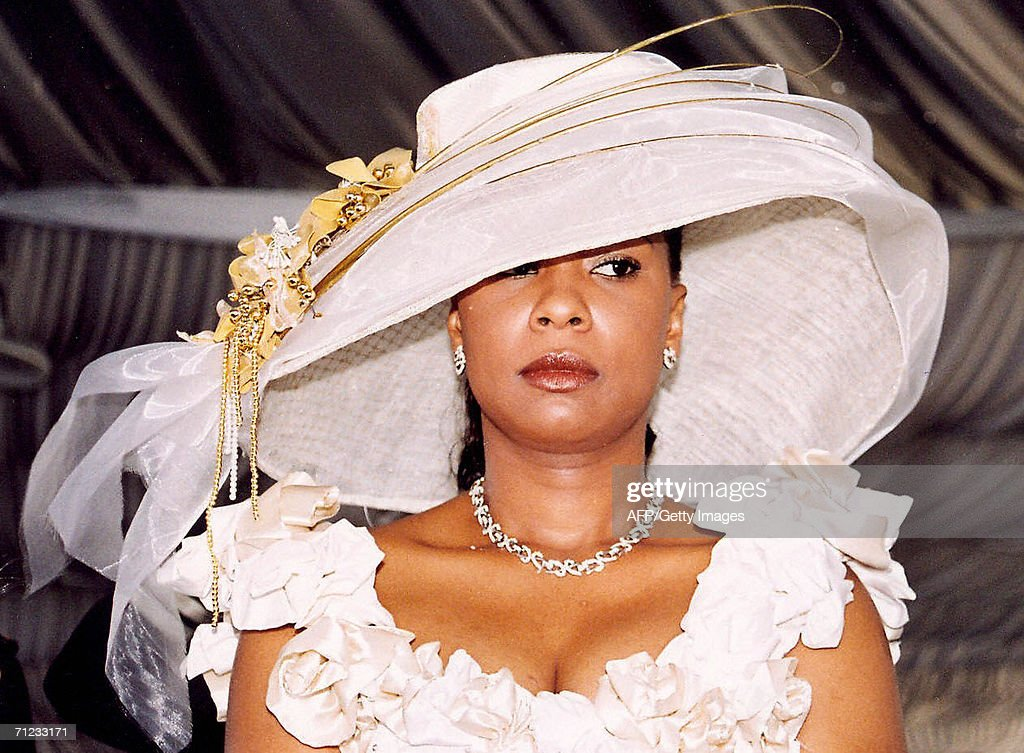 Olive Lembe di Sita Biography, Age, Husband, Children ...