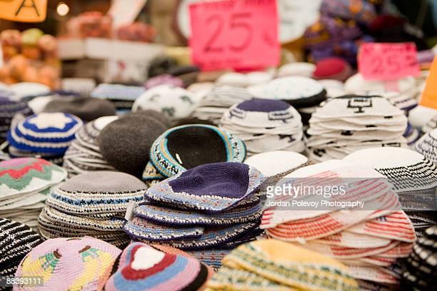 kippah scull caps israel open market - keppeltje stockfoto's en -beelden