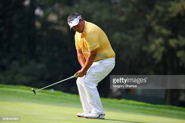 Kiradech Aphibarnrat reacts after missing a birdie putt on the 3rd hole during the second round of World Golf ChampionshipsMexico Championship at...