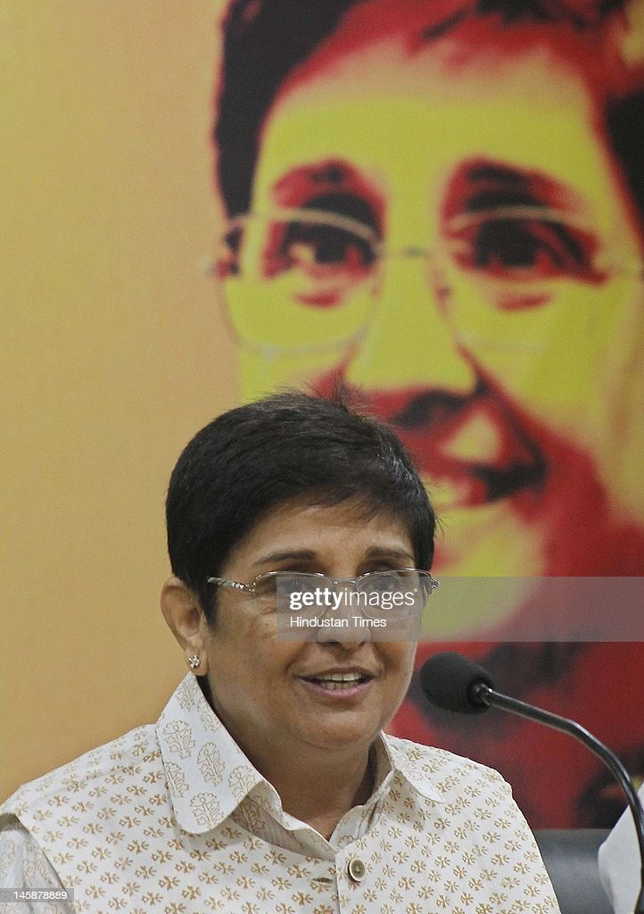 Kiran Bedi speaks with members of the media at PHD Chamber Sec31 on June 7 2012 in Chandigarh India