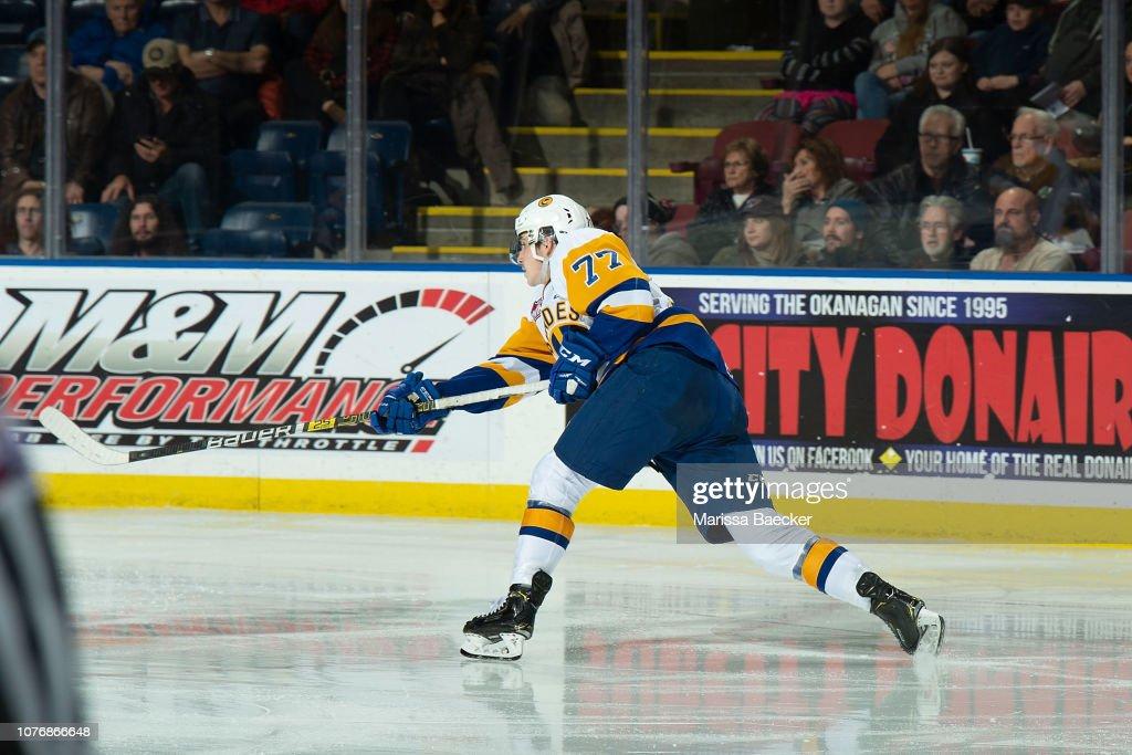 Saskatoon Blades v Kelowna Rockets : News Photo