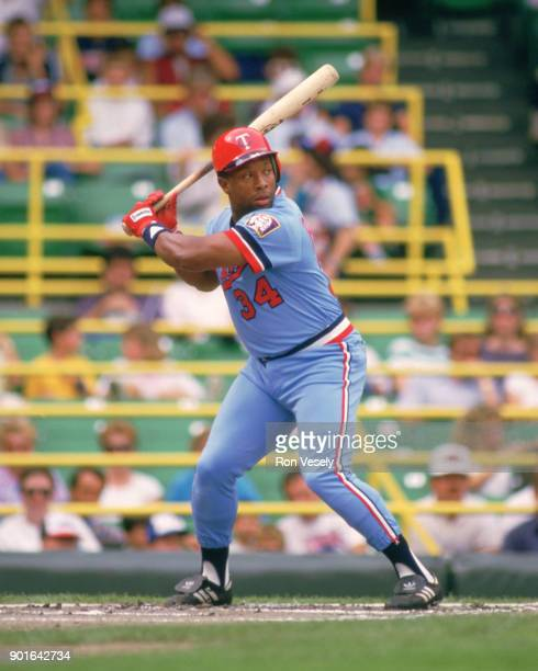Kirby Puckett of the Minnesota Twins bats during an MLB game versus the Chicago White Sox at Comiskey Park in Chicago Illinois during the 1986 season
