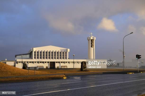 Kirche in der Ortschaft Grindavik auf der Halbinsel Reykjanes