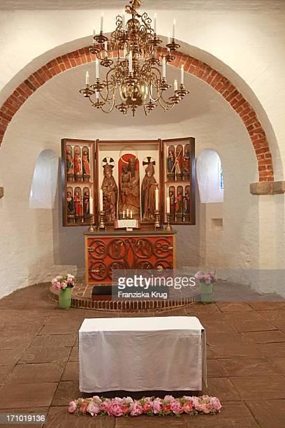 Kirchliche Hochzeit Von Andreas_Fritzenkötter Und Elisabeth_Fritzenkötter In Der Morsumer St Martin Kirche Auf Sylt Am 020607