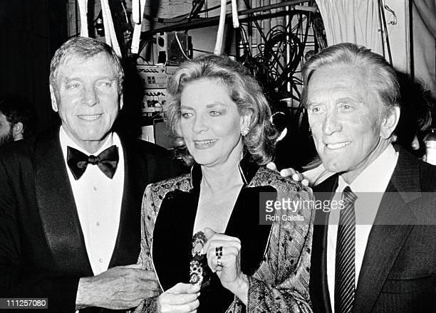 Kirk Douglas Burt Lancaster Lauren Bacall during The American Academy of Dramatic Arts Tribute to Kirk Douglas at Waldorf Astoria Hotel in New York...