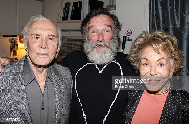 Kirk Douglas Robin Williams and Anne Douglas pose backstage at the hit play Bengal Tiger at The Baghdad Zoo on Broadway at The Richard Rogers Theater...